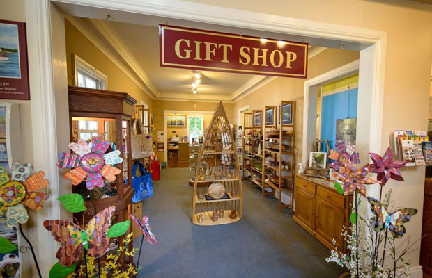 1000 Islands History Museum gift shop