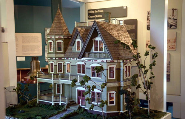 1000 Islands History Museum display