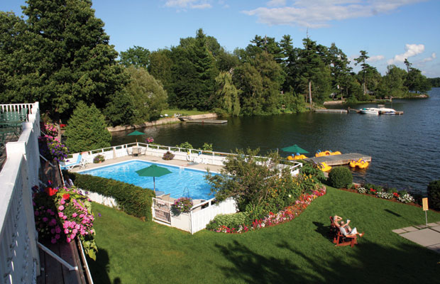 Glen House Resort pool